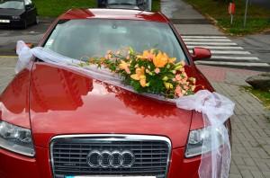 Svatební květiny na auto | Autor: Magda Lebišová